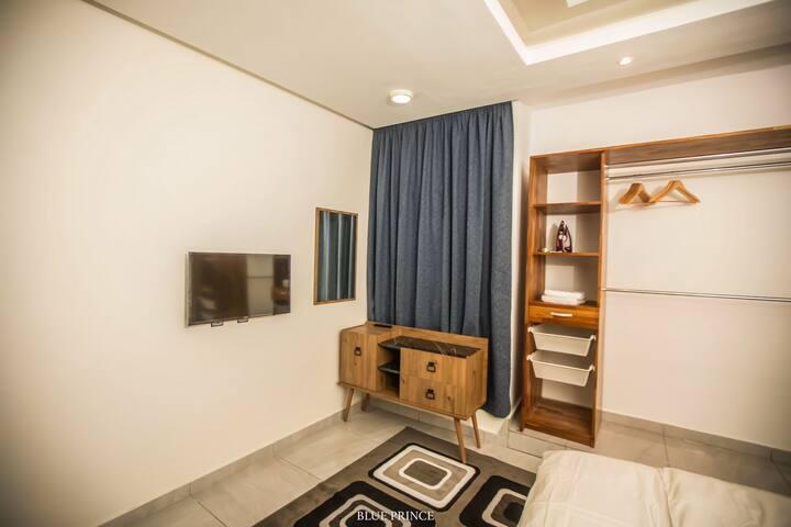 Luxury Blue Prince Apartment