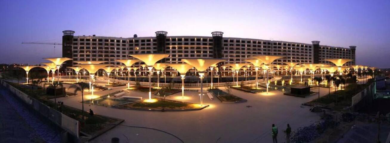 Deluxe Fountain View Duplex Porto New Cairo AUC