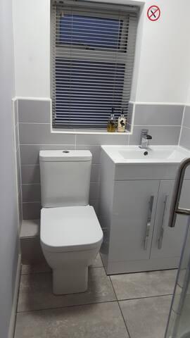 Beautiful Bathrooms Ellesmere Port ellesmere port 2017: top 20 ellesmere port vacation rentals
