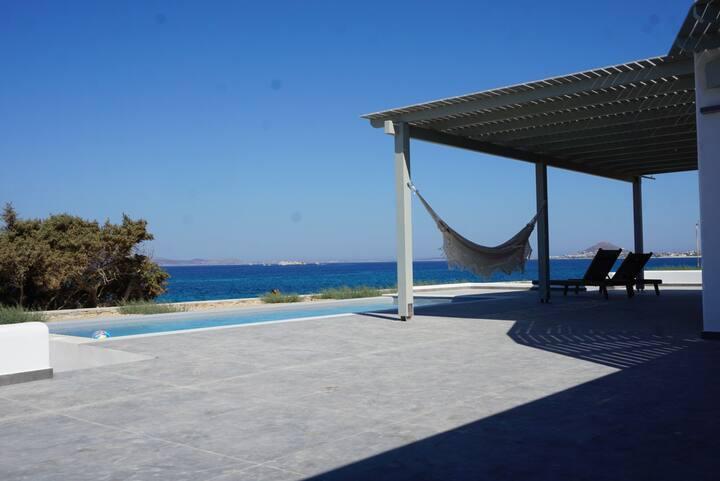 Villa Beach Street No. 1, Mikri Vigla, Naxos