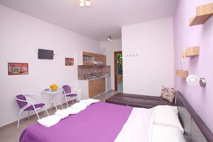 sklavos studios next to sea - Skopelos - Appartement