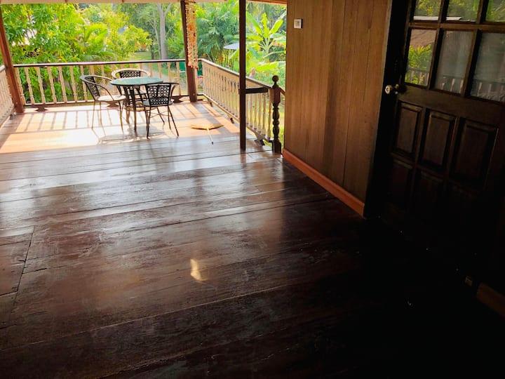 Tuangthong Homestay Bankrut Thai house 05
