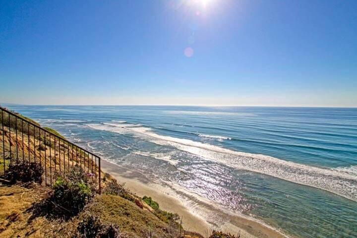 Leucadia Vacation Place Soaking Tub Ocean Views!