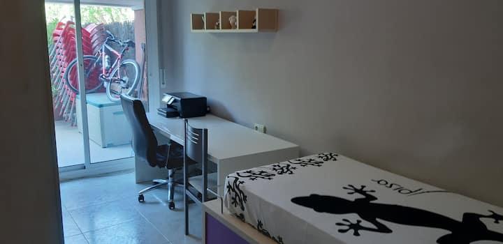 Bonita habitación individual