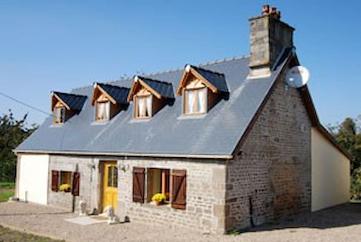 Apple Blossom Cottage - Calvados