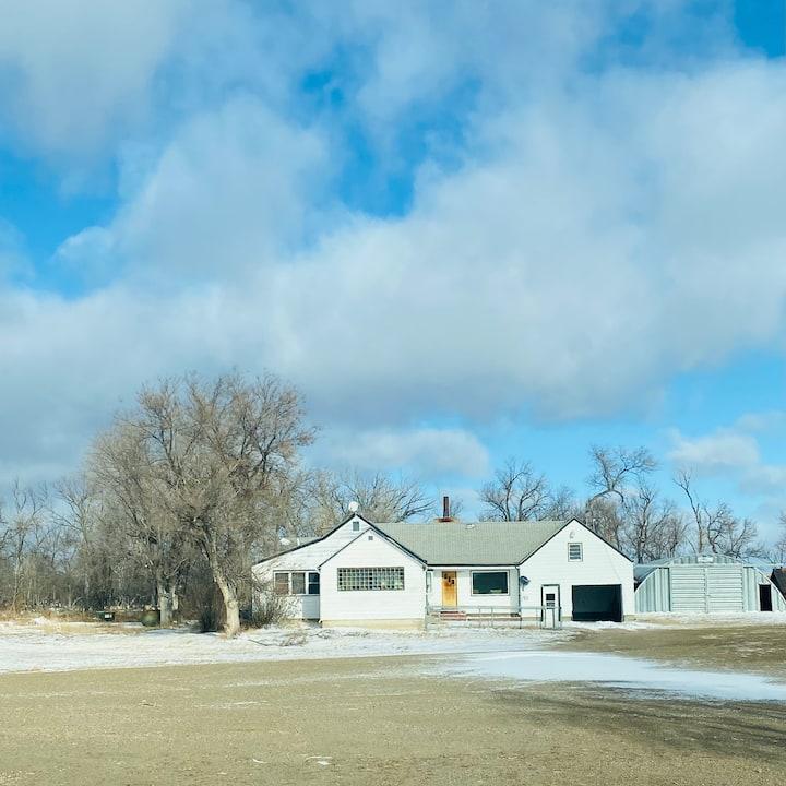 Arrow5 Ranch Farmhouse