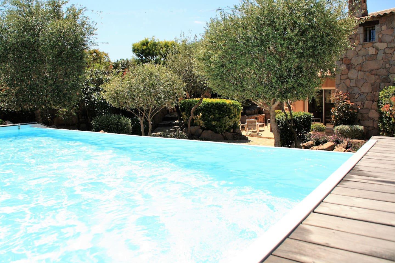Villa luxe en pierre santa giulia piscine chauff e - Location maison piscine porto vecchio ...