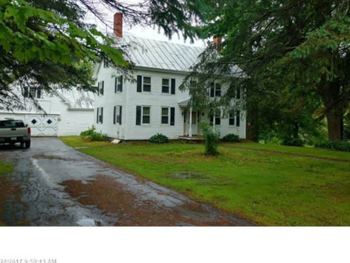 Western Maine Mountains Peaceful Colonial Getaway