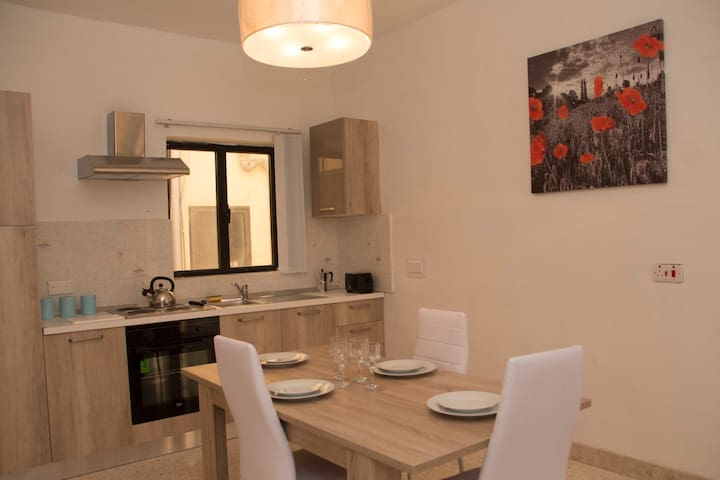 2 bed 2 bath modern apartment in Sliema (3)
