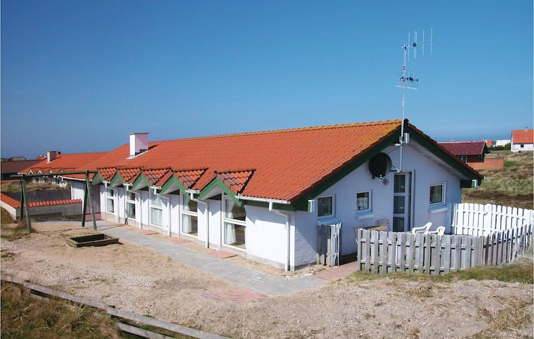 Holiday cottage with 4 bedrooms on 150m² in Thisted