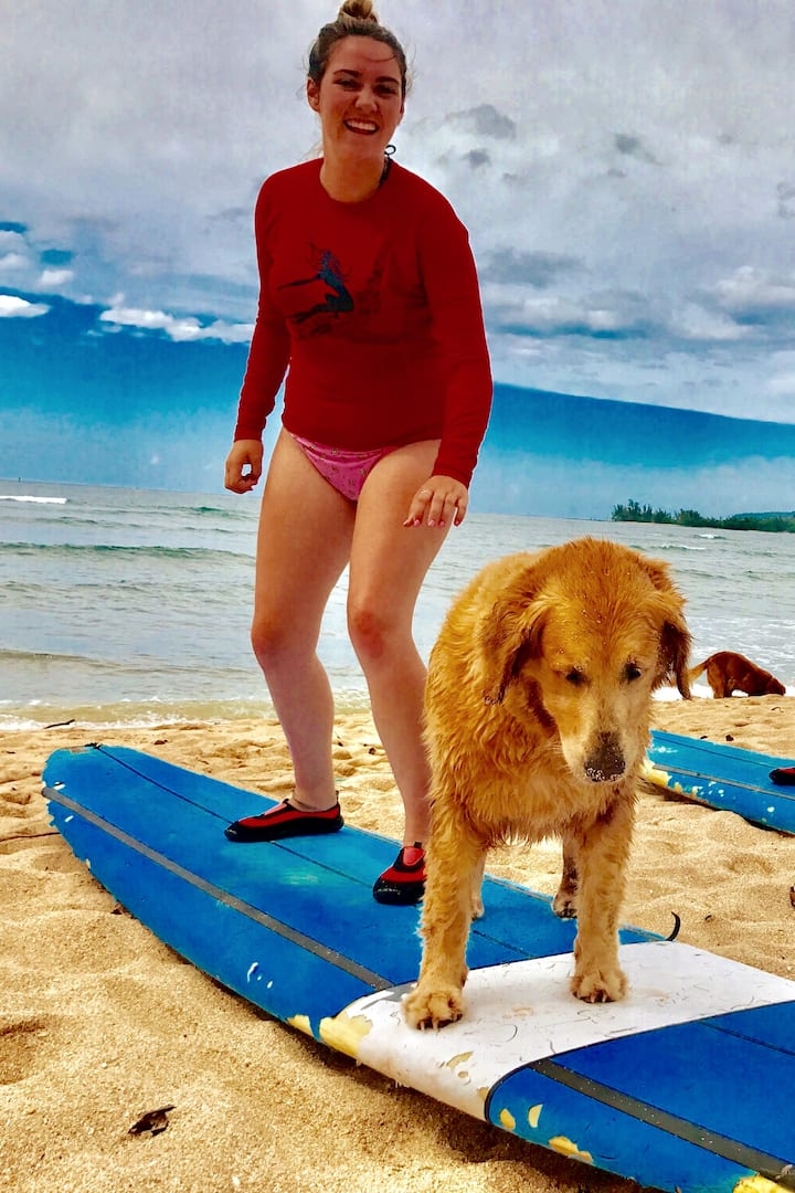 Kaya teaching the beach lesson