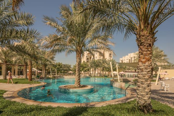 Spacious studio for rent - Dubai