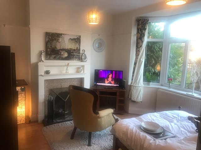 cosy relaxing private room