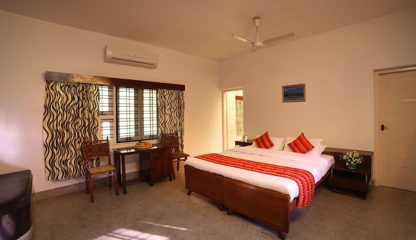 Lamiacasa Heritage Resorts Deluxe Double Room