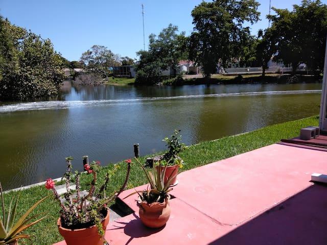 Beautiful lakeviews vacation rental