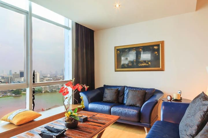 Dasiri Stunning Riverview Long-stay Apartment