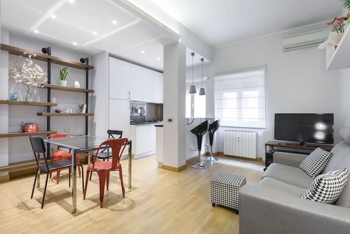 Cozy apartment near St.Peter and subway