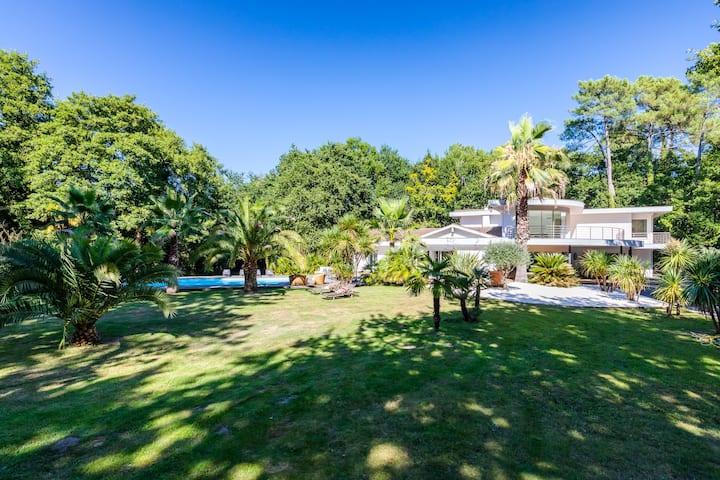 Superbe Villa d'Architecte dans un très beau parc