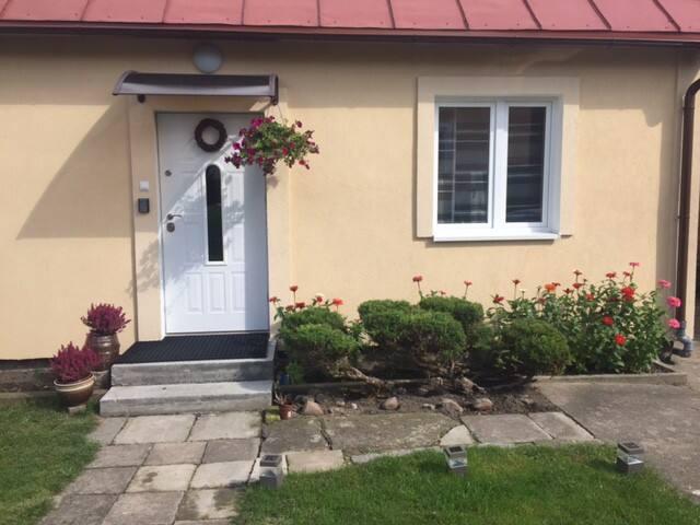 Cozy, Private Apartment