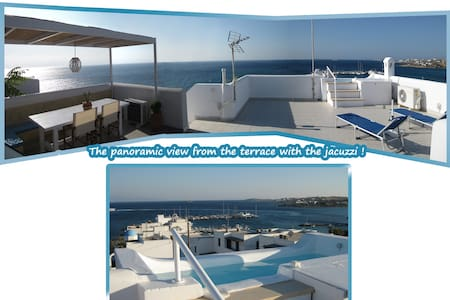 Seaside 2-Storey Villa with Terrace & Jacuzzi! - Piso Livadi - Villa