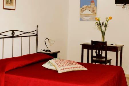 B&B La Mimosa - camera matrimoniale - ballata (erice)