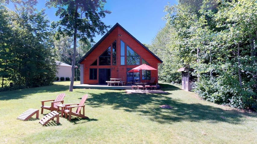Beautiful Private Lake Home Brainerd Lakes Area!