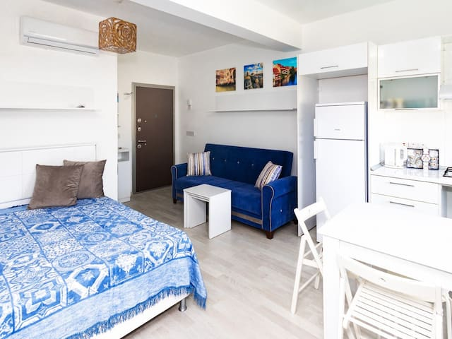 Cozy studio, pool, close to beaches, Kaya palazzo