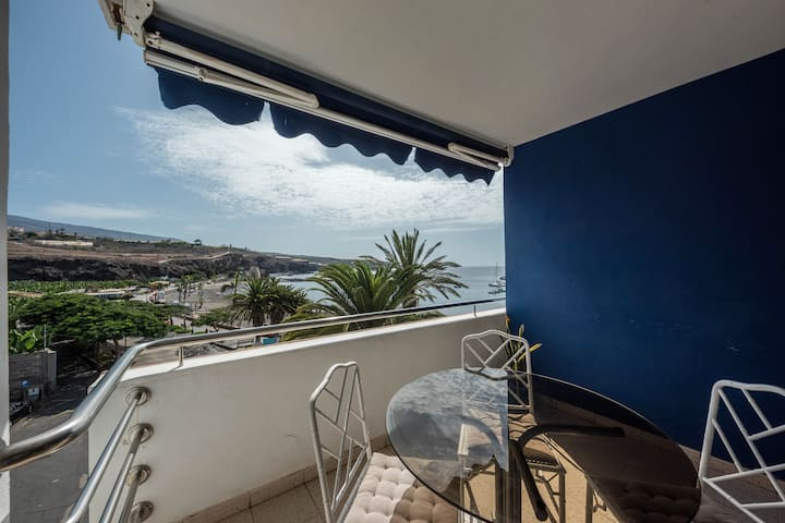 "Charming Holiday Apartment ""Merlín 2.3"" in Playa de San Juan with Sea View, Mountain View, Balcony & WiFi; Parking Available"