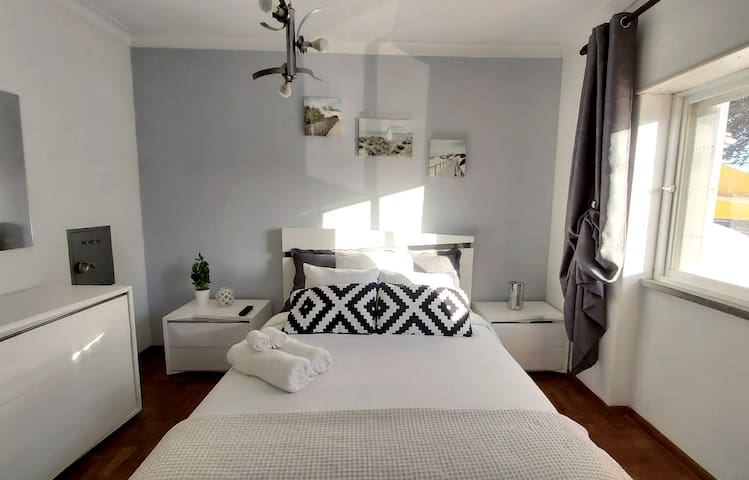 Suite in Estoril with Private Entrance