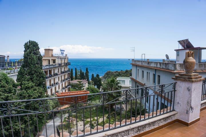 Villa Moschella Stanza 4