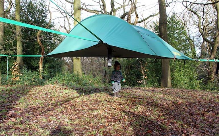 Suspended Tree House Tent, Tent Hammock, Tree Tent - Nokesville - Boomhut