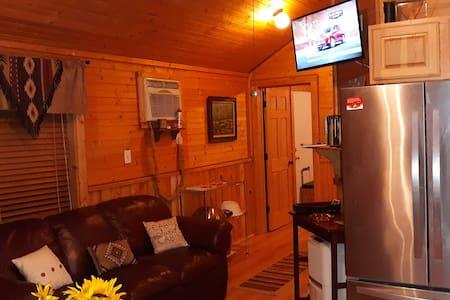 Cabin Blanco