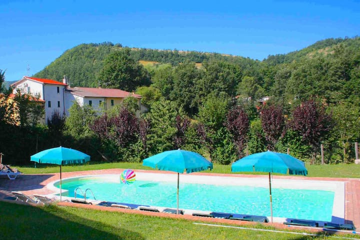 Serene Apartment in Sellano with Shared Swimming Pool