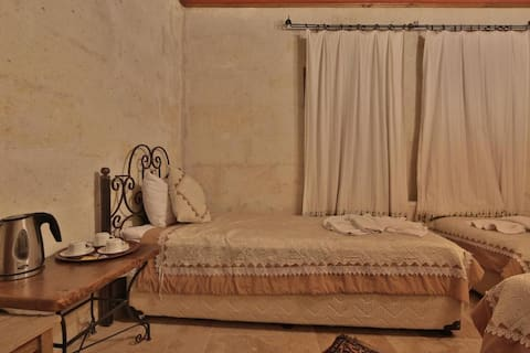 Cappadocia Cave Rooms  DRM (1-2)