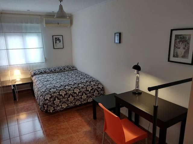 Double room, NEW apartment, one of the best areas.