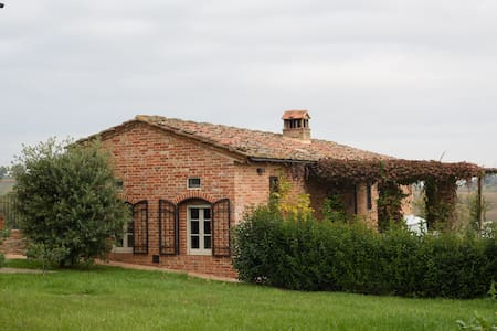 Cottage vite e gelsomino