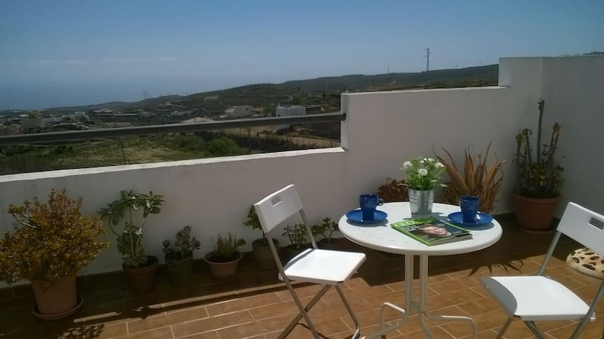 ABUELA MINA HOUSE IN SOUTH TENERIFE - Arico Viejo - บ้าน