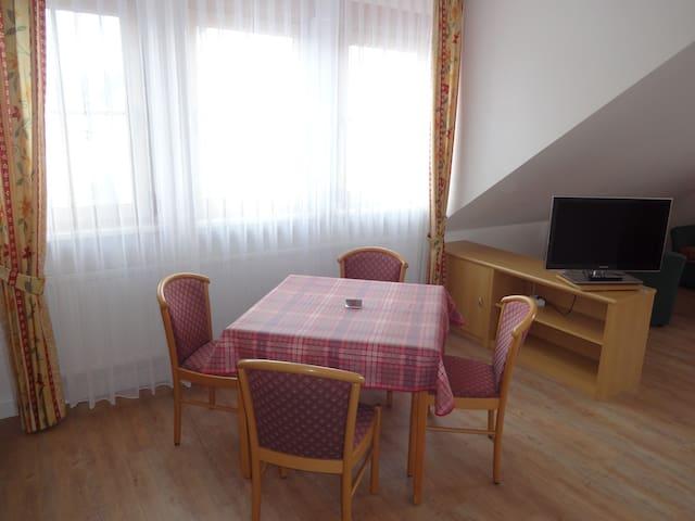 Appartements Leibold (Volkach), Appartement 5 mit 40 qm Wohnfläche