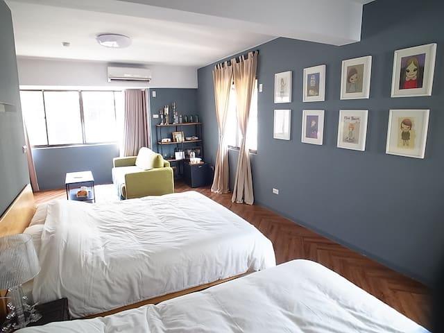 Bedroom《在房間裡旅行》 美術館巨蛋 獨立整層全新2-6人房