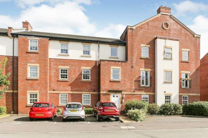Luxury Private Apartment near to Birmingham