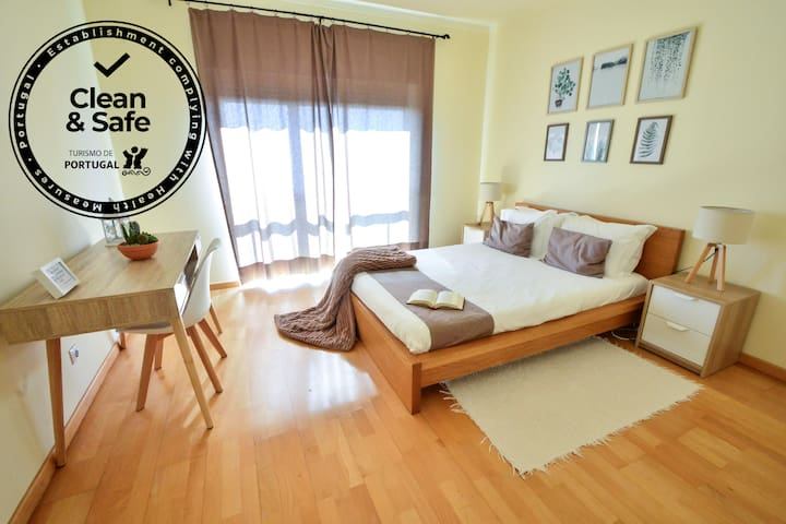Break Time Sines - Apartment with Sea View