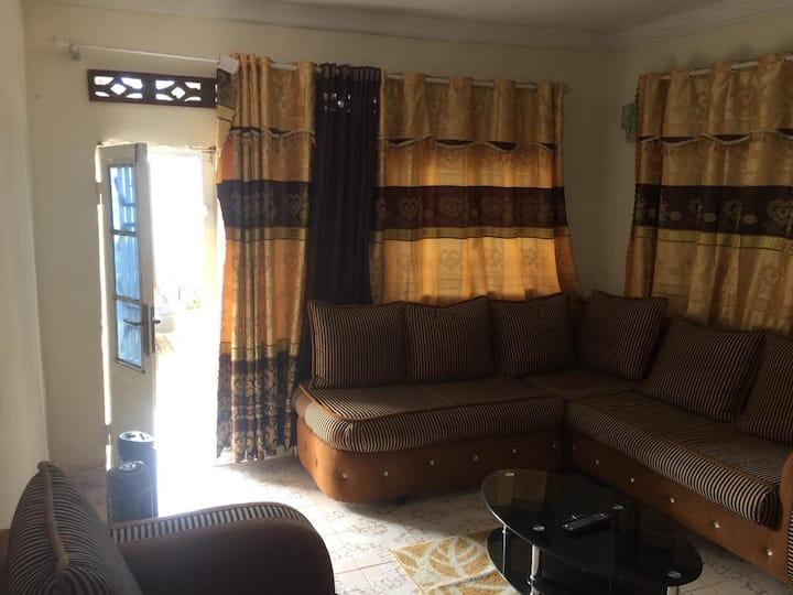 Comfortable house À Bas-Congo Mbanza-ngungu
