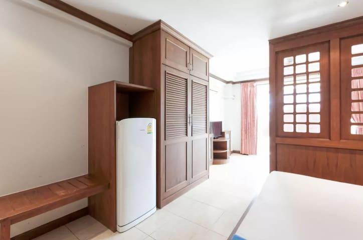 1 bed beachfront apartment in Karon - Karon - Pis