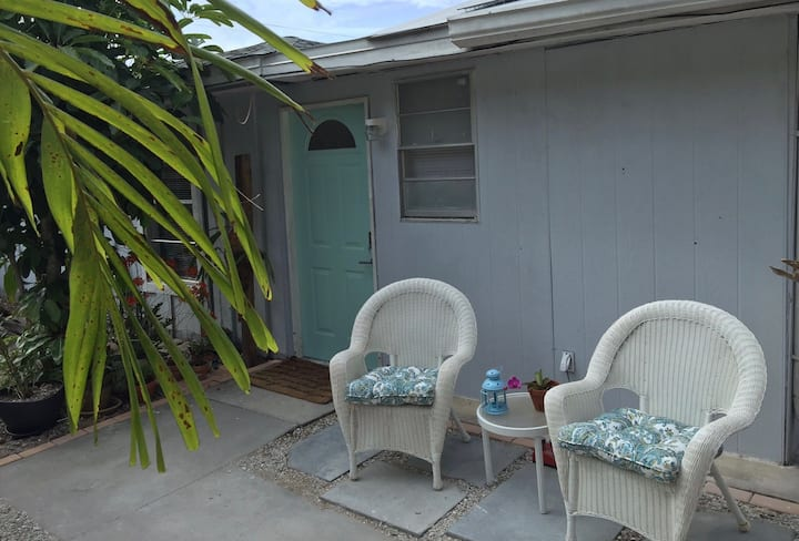 Siesta Key Guest House - Walk to the Beach
