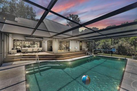 Frank Lloyd Wright Inspired Home! Salt Water Pool!