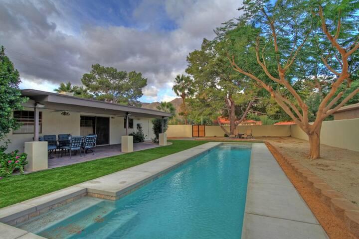 `CorreCaminos` 2 Bedroom/ 2 Bath, Private Pool, Santa Rosa Cove, Sleeps 4