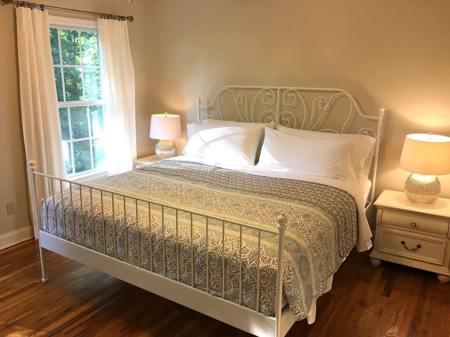 Master Bedroom Suite with King Bed & Private Bathroom