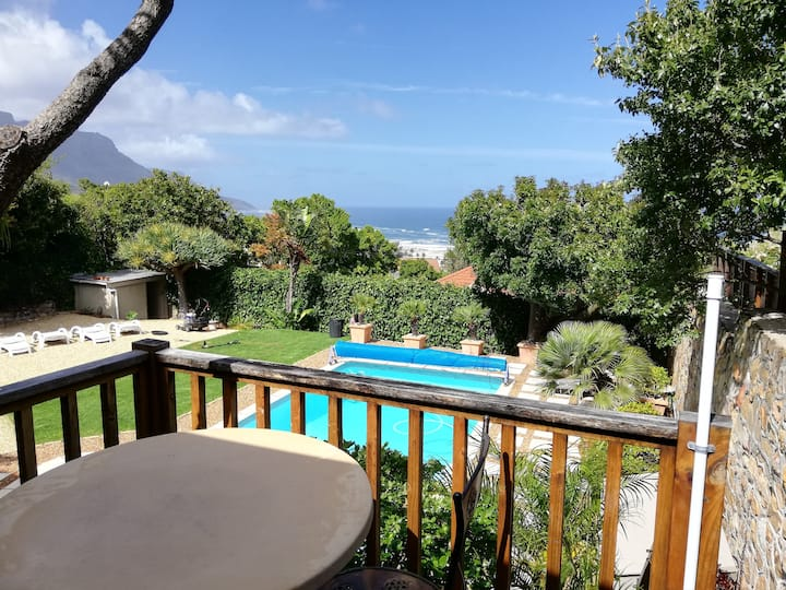 1. Camps Bay, charming, private, studio, Unit 1