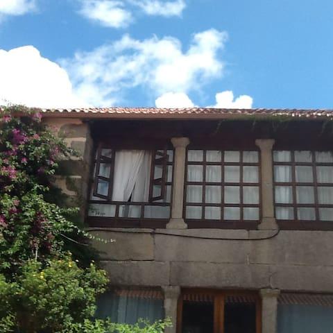 Casa rústica en Pontevedra en la naturaleza. - Pontevedra - House