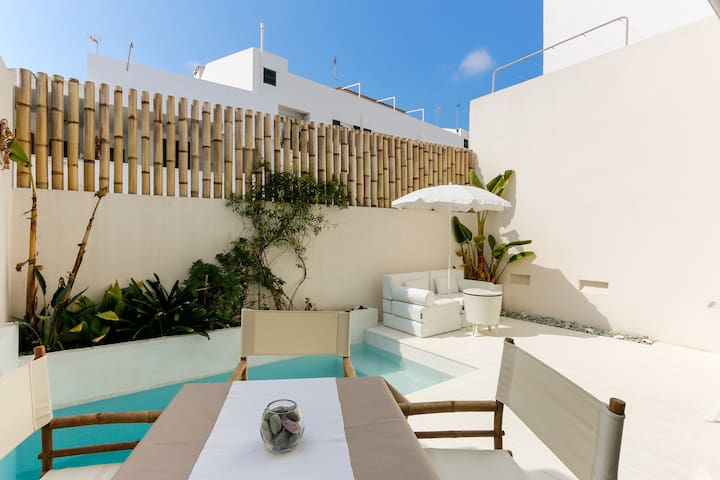TOWN HOUSE WITH PRIVATE POOL - Menorca - Ev